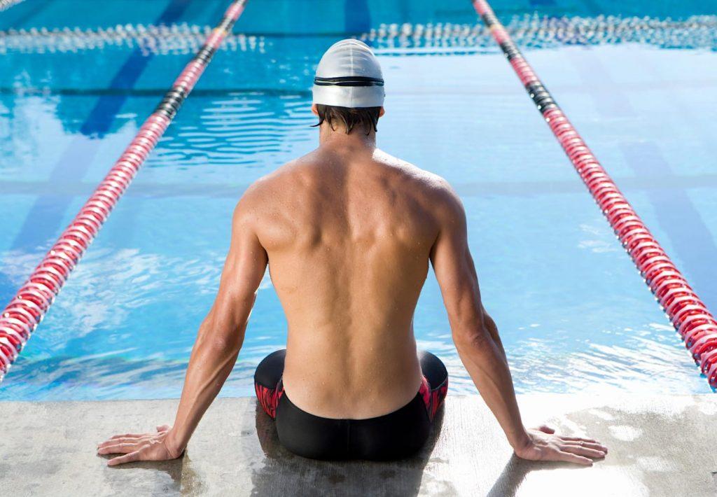 natation-debutant-nageur-piscine